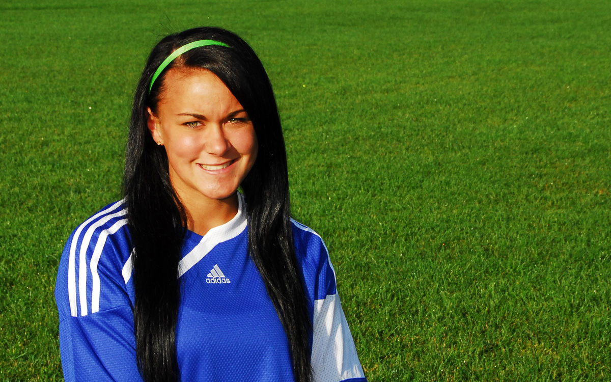 Blue Knights Soccer Player Named NJCAA All-American