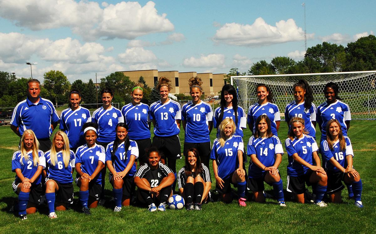 Five Blue Knights Soccer Players Make ICCAC Region XI 1st Team All-Region