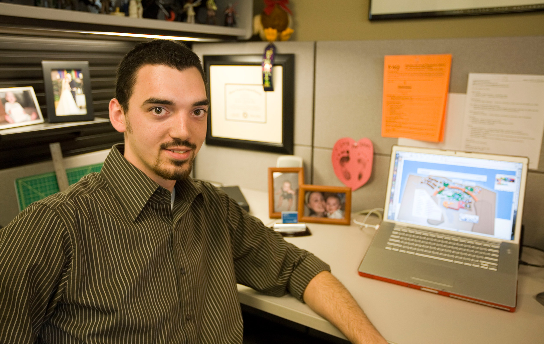 Ryan Durry weaves pure success as a Web and multimedia expert.