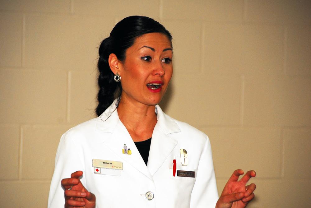 Blanca Montoya, Macy's Burnsville Clinique Consultant
