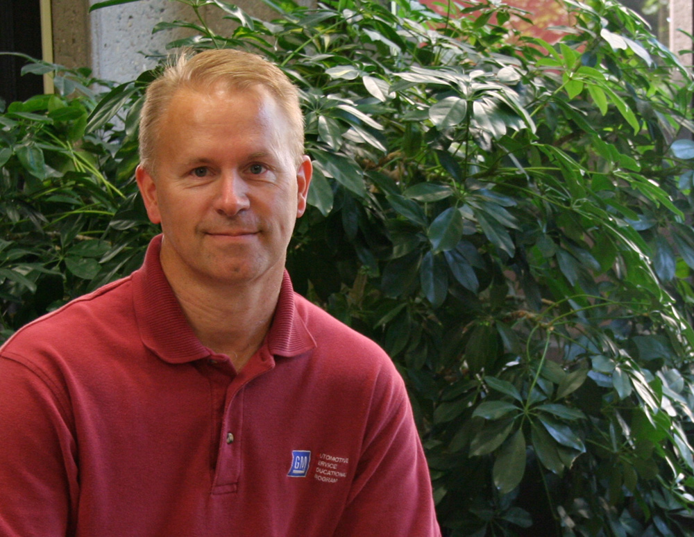 Mark Hickman Named Outstanding Instructor of the Year