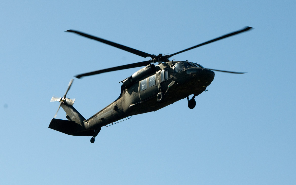 Black Hawk landing on Military Family Day