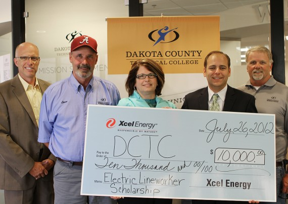 DCTC Dean Mike Opp, DCTC Electrical Lineworker Instructor Steve Addy, Xcel Energy Manager of Community Relations and Economic Development Colette Jurek, DCTC Executive Director of Foundation and Alumni Tharan Leopold, DCTC Electrical Lineworker Instructor Dale Olofson