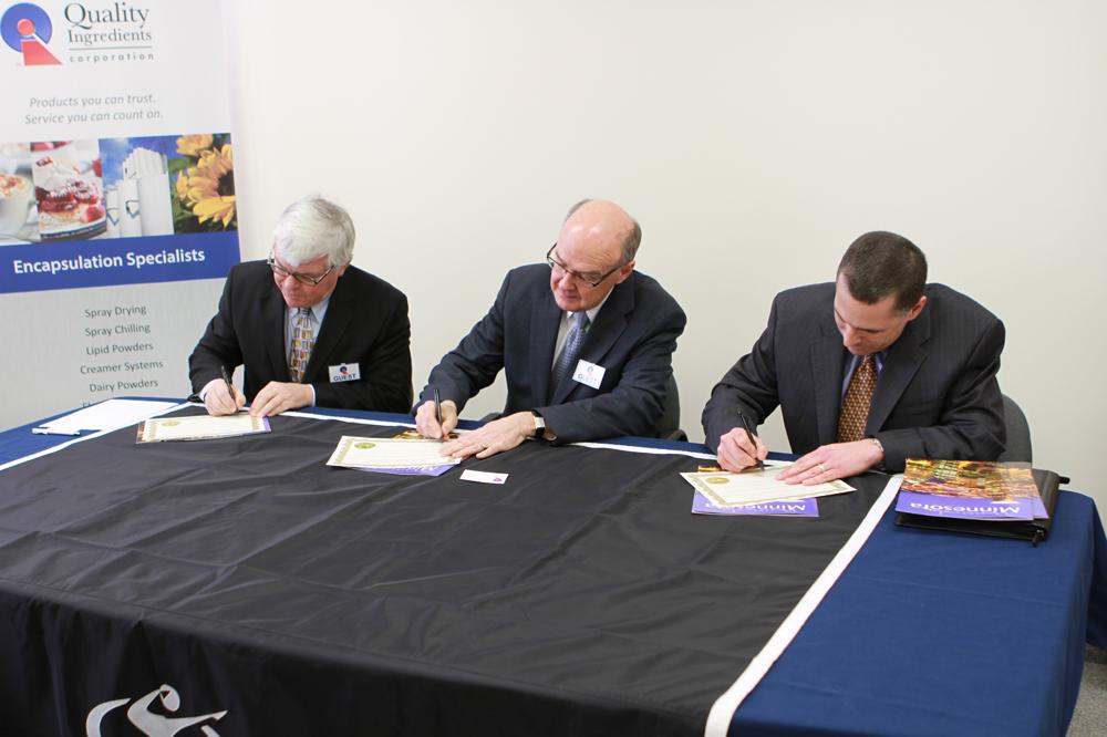 QIC Grant Signing5
