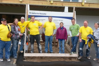 Lions Volunteer with Habitat for Humanity