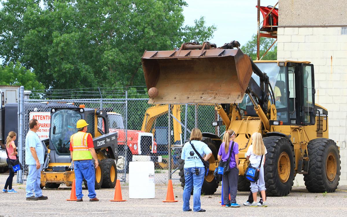Heavy Construction Equipment Technology