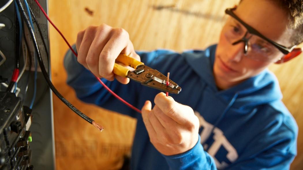 the new blue collar worker dctc news rh blogs dctc edu