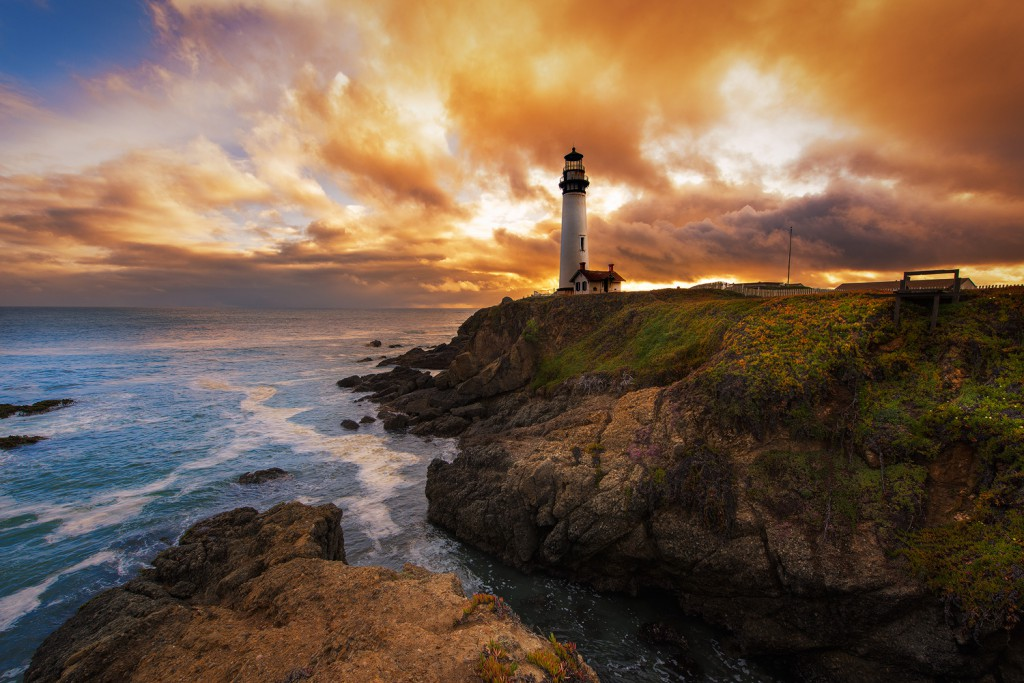 Ryan Engstrom took this photograph at Pigeon Point Lighthouse.