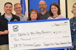 Military and Veterans Service Center receives $2000 donation
