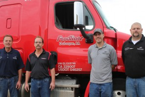 Foodliner donates two trucks to Heavy Duty Truck Technology program