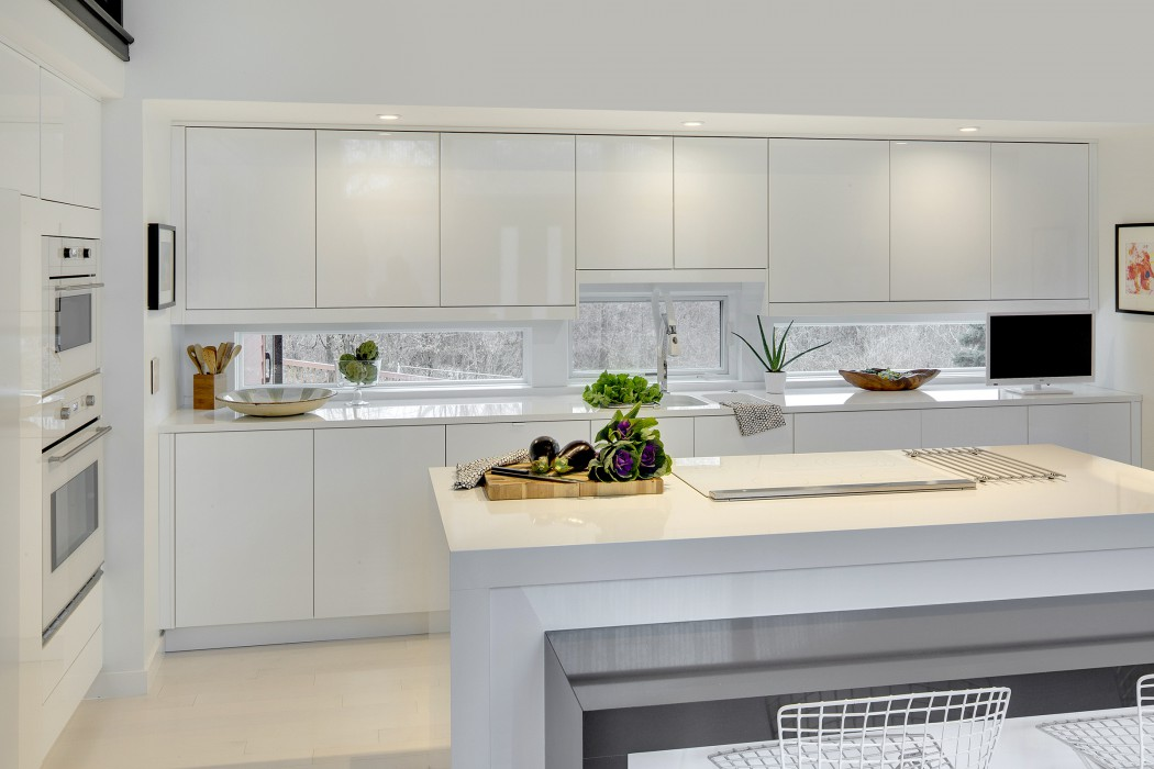 Kitchen Over 300