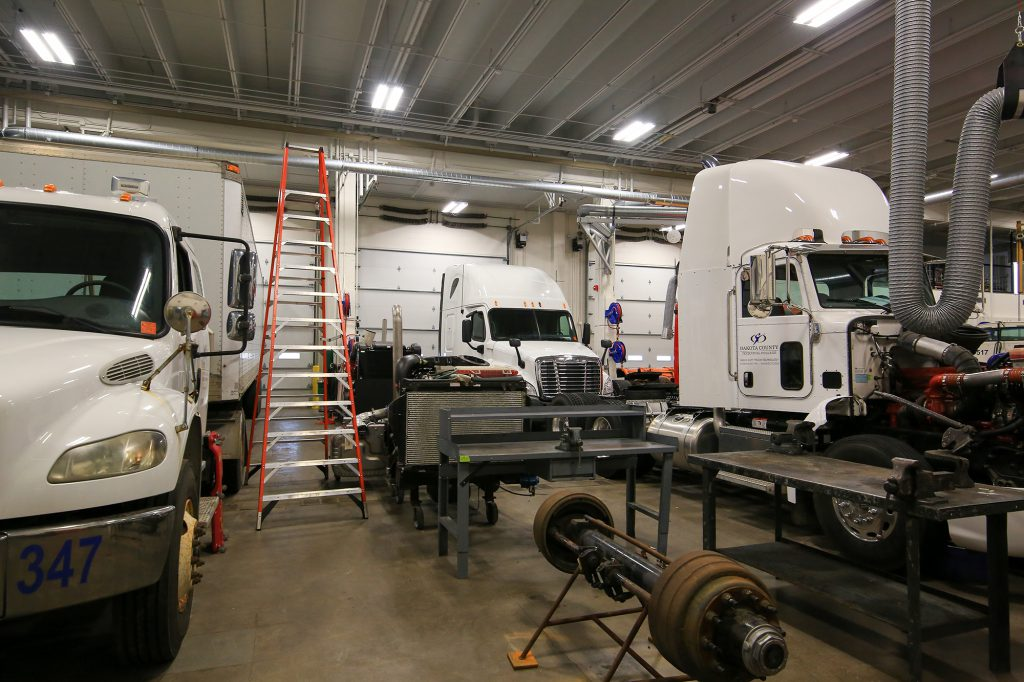 Heavy Duty Truck Technology lab