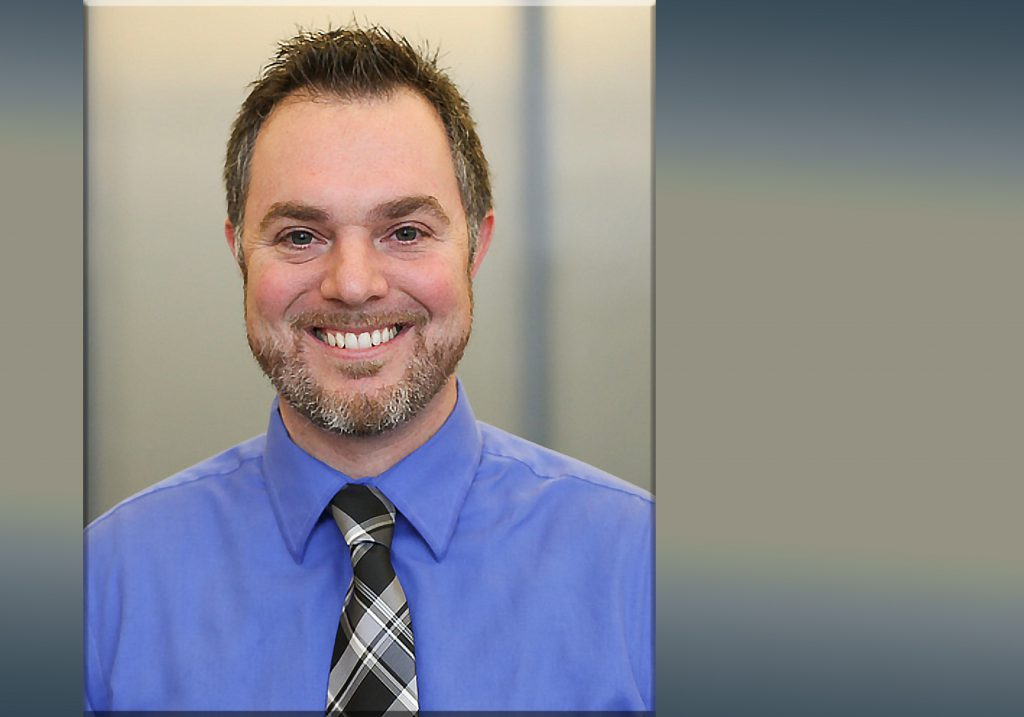 Jonathan O'Hara Receives 2020 DCTC Staff of the Year Award