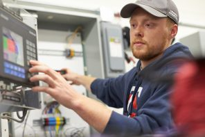 Program Spotlight: Electrical Construction & Maintenance Technology