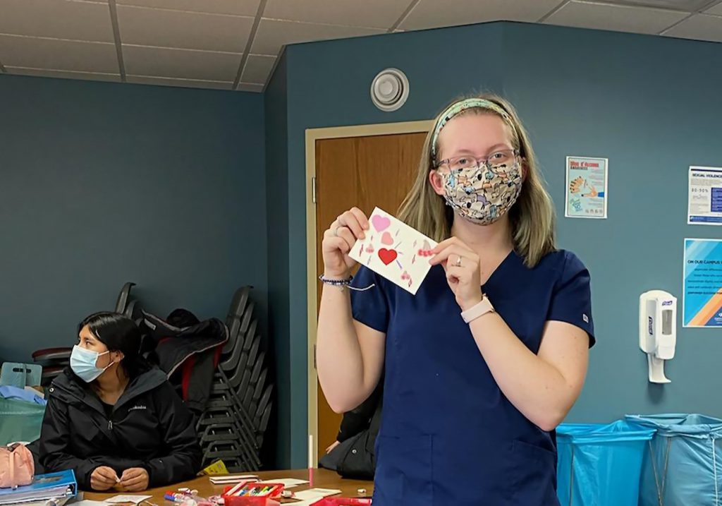 Vet Tech Students Make Valentine's Day Cards for Vista Prairie