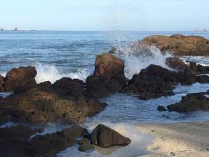 beach splashing